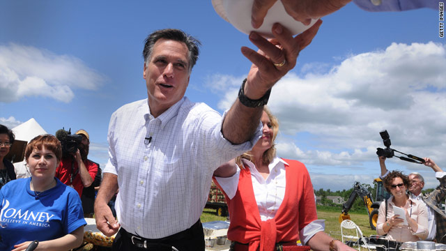 Iowa newspaper backs Romney