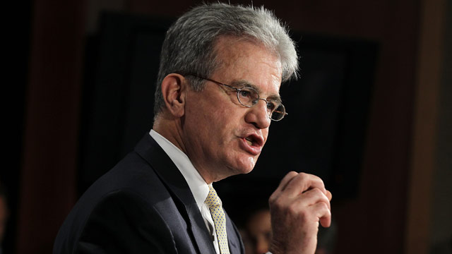 Gingrich's leadership 'lacking,' says Sen. Coburn