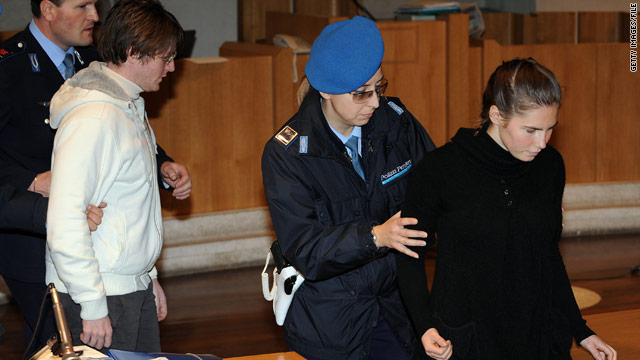 Amanda Knox, Raffaele Sollecito working on book deals