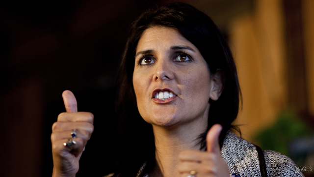 S.C. Gov. Haley backs Romney