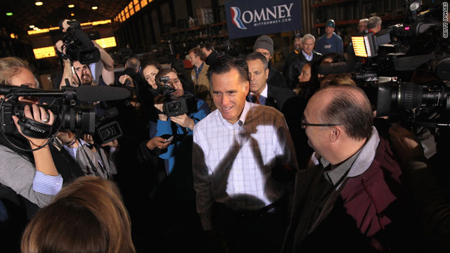 S.C. governor rallies crowd for Romney