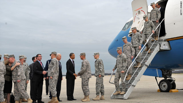 Obama, Biden greet troops at Andrews
