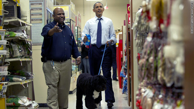 Obama&#039;s last minute Holiday shopping trip