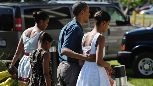 Photo: First family attends Christmas services