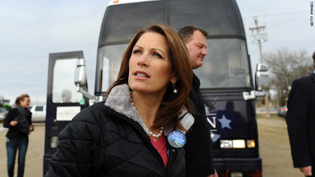 Bachmann touts Washington experience while stressing 'outsider' status