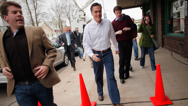 Romney's front-runner stance in Iowa