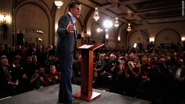 Romney swipes at Paul in Iowa