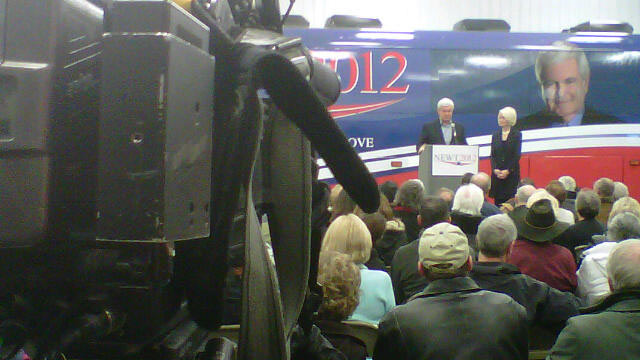 Tonight on AC360: Inside Gingrich's Iowa campaign