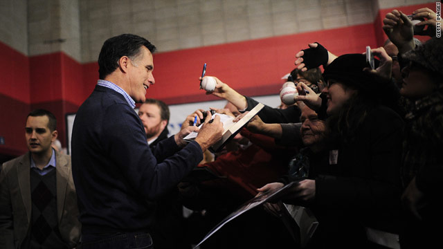 Romney, a Mormon, gets support from ex-ambassadors to the Vatican
