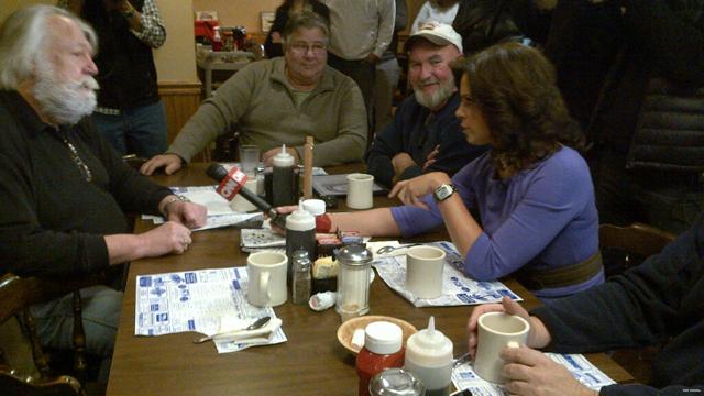 Soledad Reports: Political junkies meet daily in N.H.