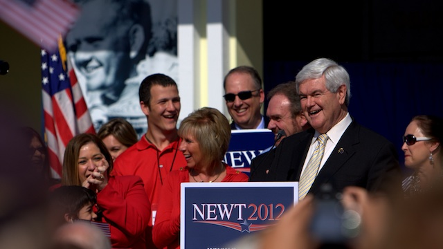 Rappers 'Hoot for Newt'
