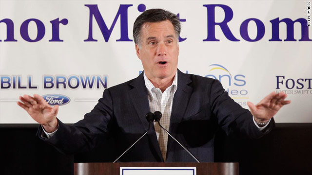 Romney avoids mention of bailout at Detroit event