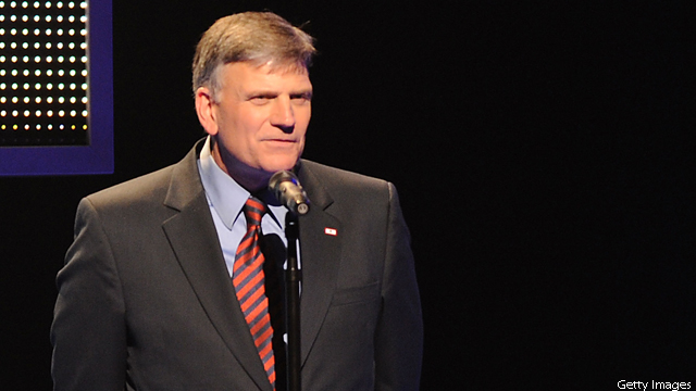 Franklin Graham questions Obama, Romney on Christian faith