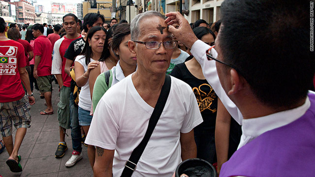iReport: Ash Wednesday in the Philippines