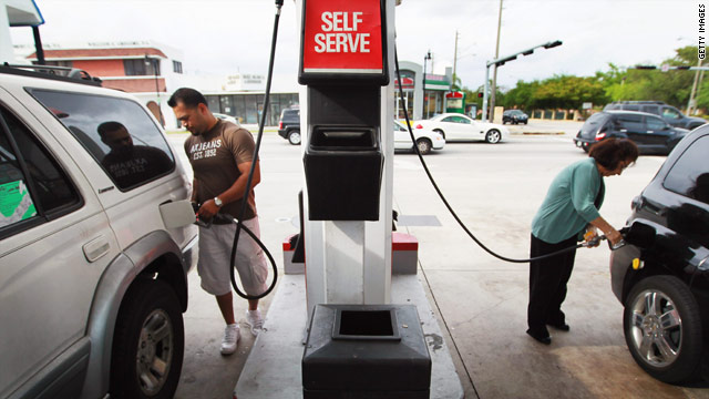 Obama and Republican trade blame on gas prices in weekly addresses