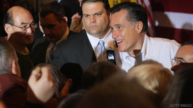 Arizona newspaper backs Romney