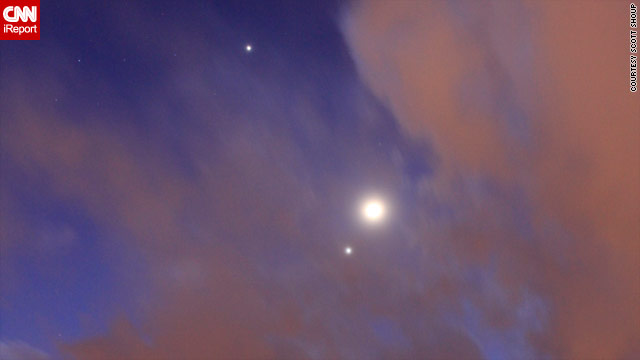 Moon, Jupiter and Venus light up the sky
