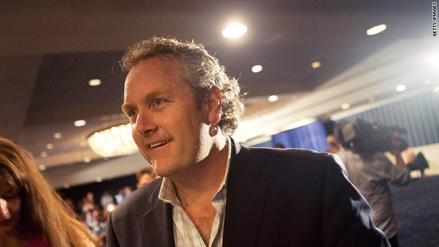 Andrew Breitbart dies at age 43