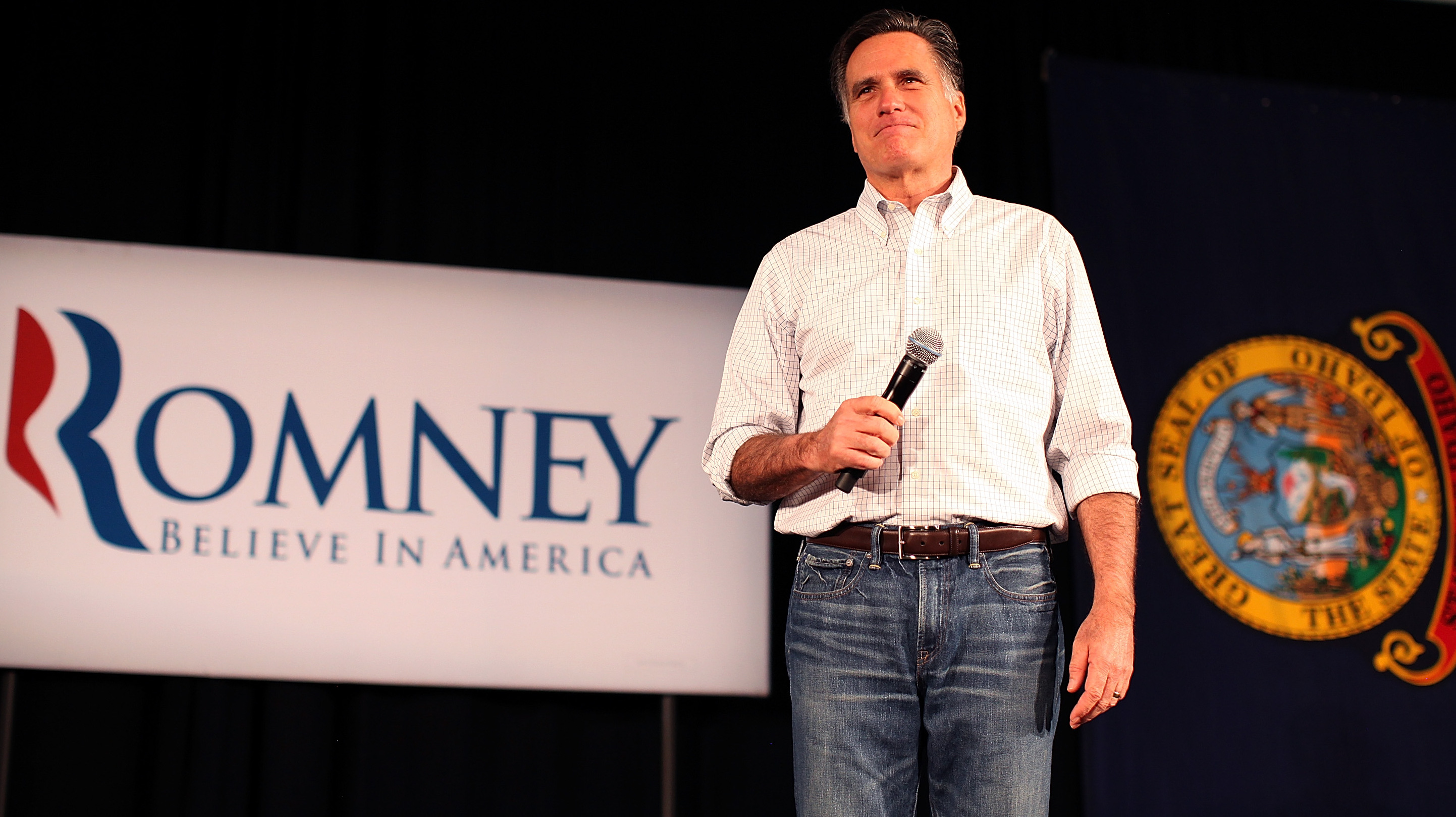 Romney touts ties to Washington in old video