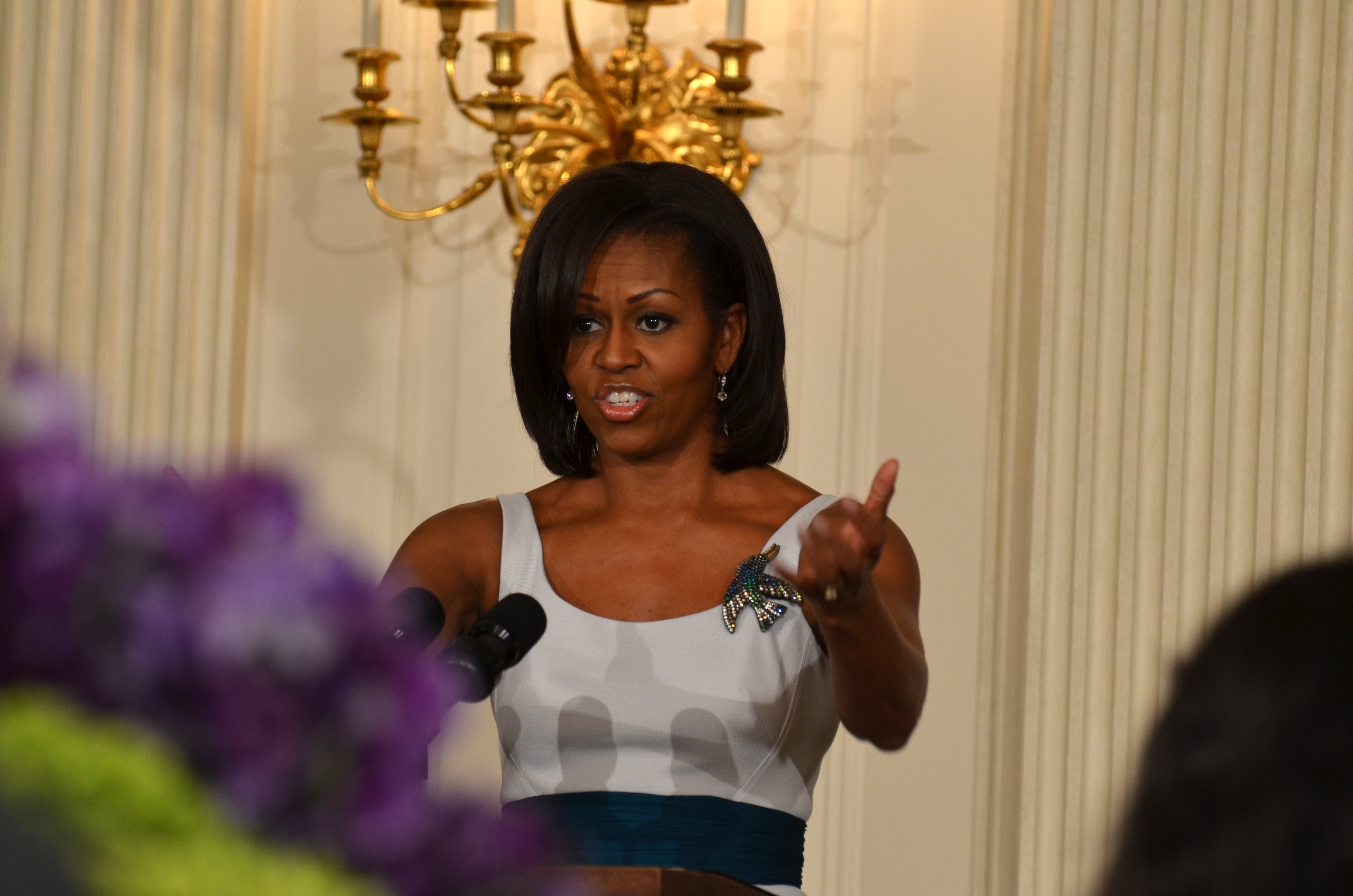 First lady reveals WH has a &quot;teeny&quot; kitchen