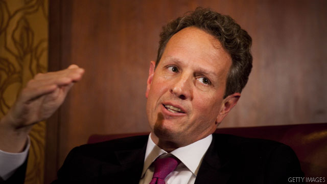 Geithner criticizes Romney's 'ridiculous' analysis