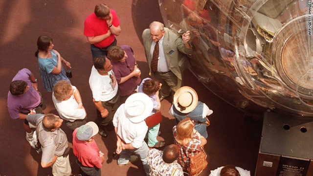Docents volunteer their passion at the National Air & Space Museum