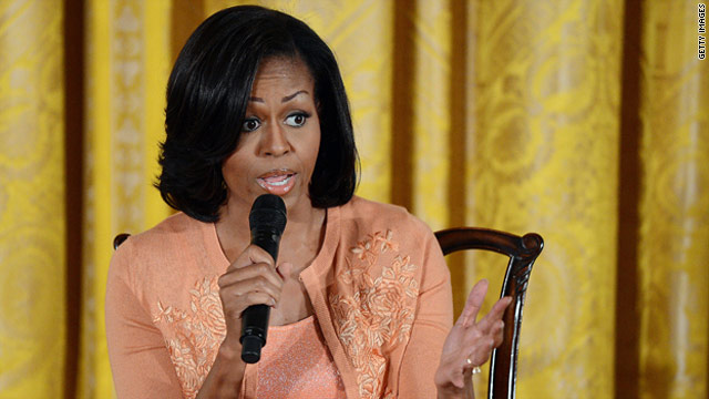 Michelle Obama takes campaign message to Arizona