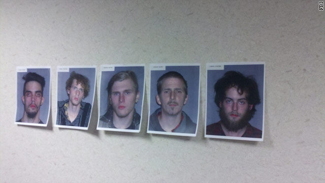 5 arrested in plot to blow up Cleveland bridge