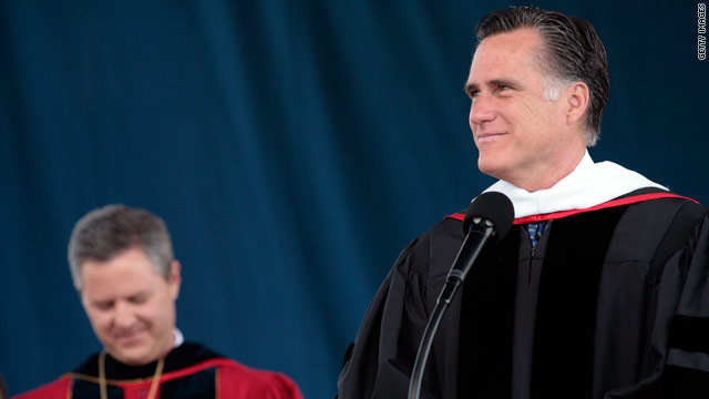 Romney builds inter-faith bridge in Liberty U commencement address