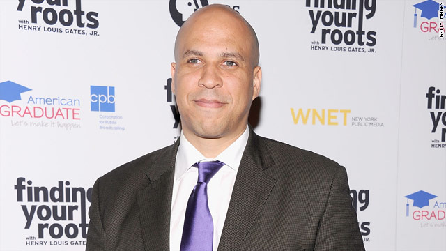 'Staying coy, Booker's not 'ruling out anything' for 2014' from the web at 'http://i2.cdn.turner.com/cnn/2012/images/05/22/t1larg.may22.booker.jpg'