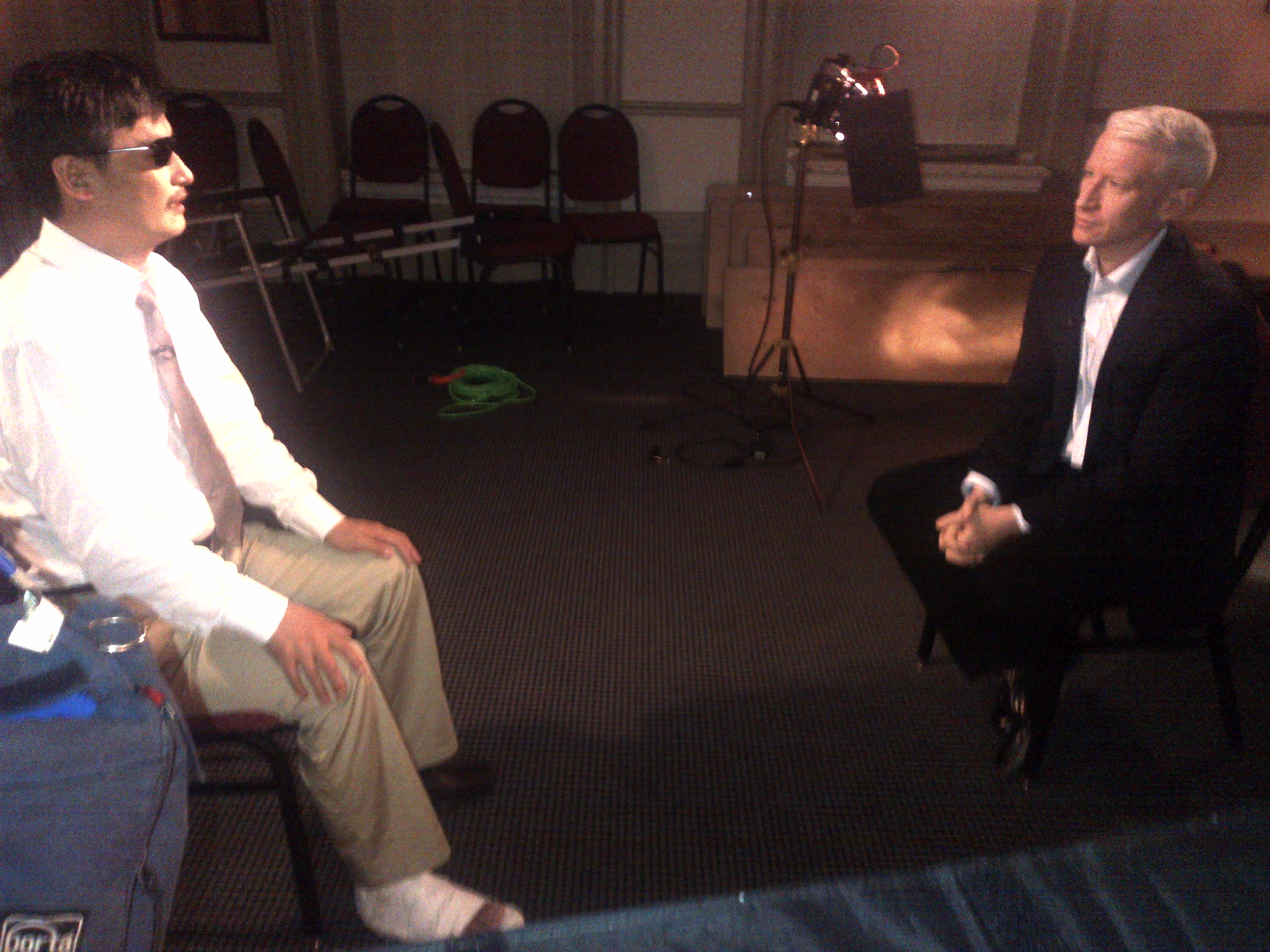 Chinese Activist #Guangcheng Speaks with @andersoncooper on @AC360 TONIGHT at 8 &10pm ET #CNN