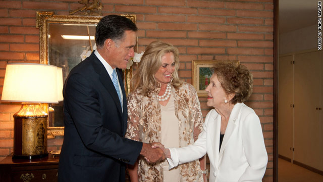 Photo: Romneys meet with Nancy Reagan, who offers endorsement