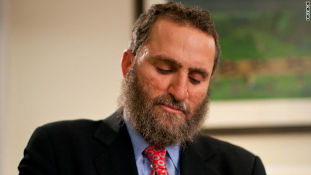 After winning GOP primary, rabbi takes moderate tone