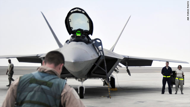 Sources: Flight suit could be cause of oxygen loss in F-22 flights