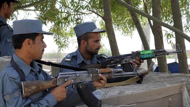 Afghan insurgents strike U.S. outpost