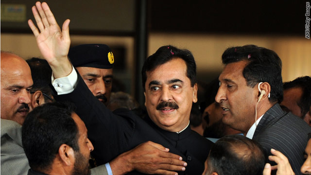 Court: Pakistani prime minister ineligible to serve