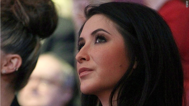 Bristol Palin defends mom during reality show premiere