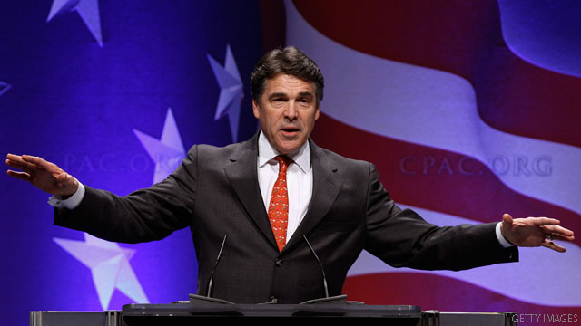 Perry renews his call for Romney tax docs