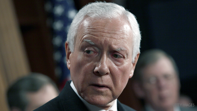 Hatch, Obama clash on fiscal cliff in weekly addresses