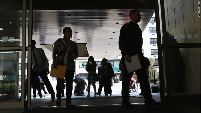 Private hiring jumps, unemployment claims fall