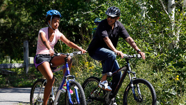 Summer means campaigning, 'family time' for Obamas