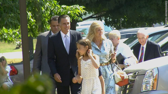 Romney attends church with family in New Hampshire