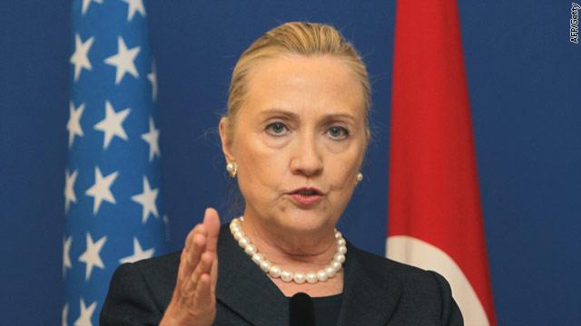 Syrian crisis: Clinton talks contingency plans with Turkey