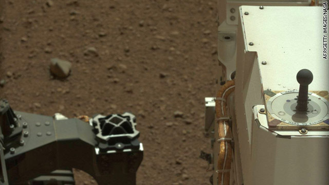 Obama calls Mars Rover team and asks about life on the Red Planet