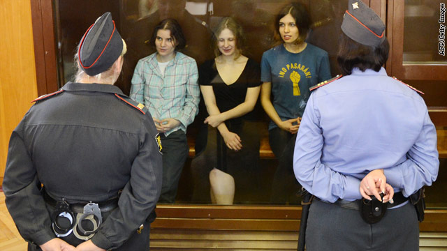 Putin song lands punk band in jail