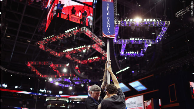 With eye on weather, GOP convention to formally nominate Romney