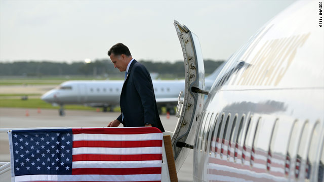 Agente del Servicio Secreto que viajaba con Romney se dej el arma en el bao del avin