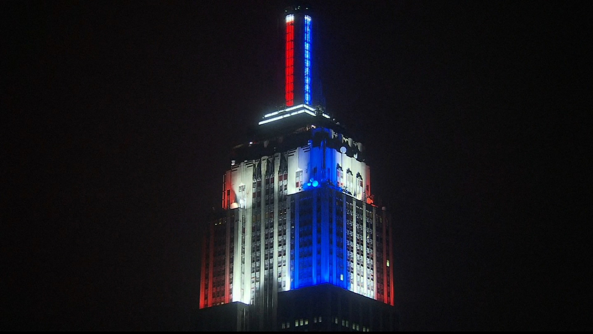 CNN takes over the Empire State Building for election night results