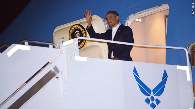 Obama quickly returns to vacation mode