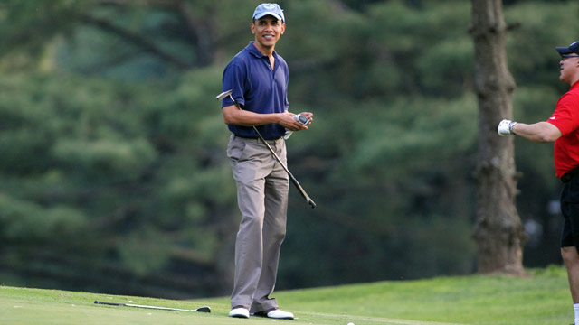 Obama trades White House for clubhouse this weekend